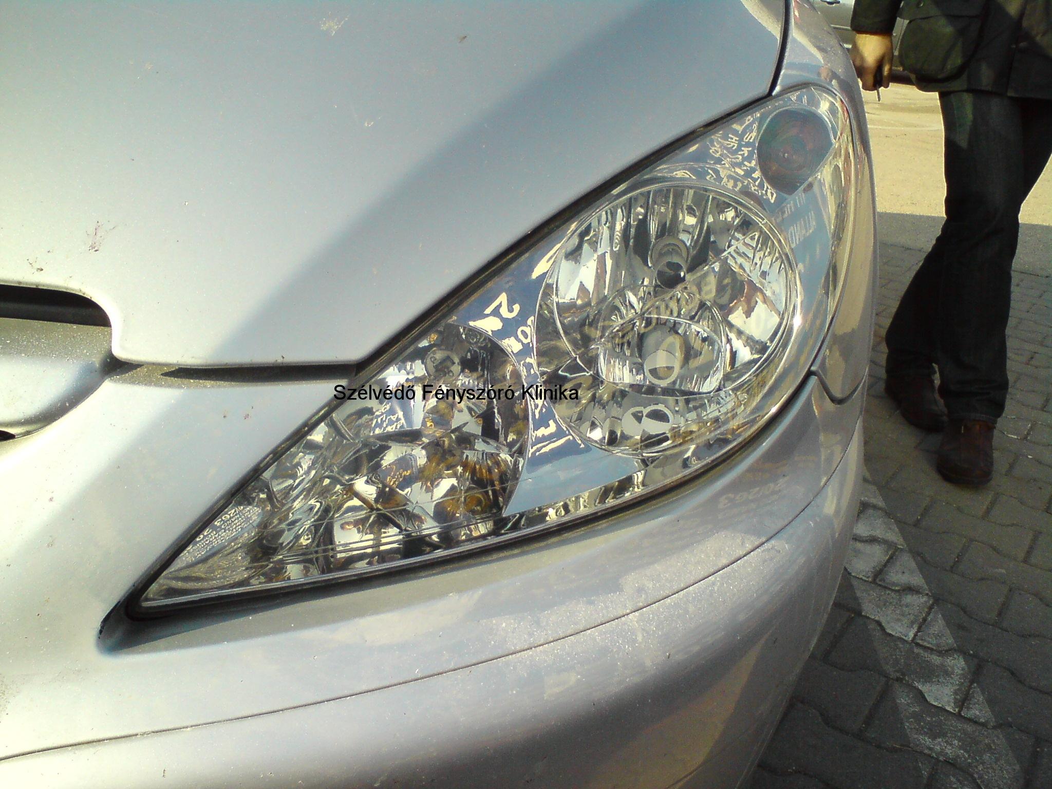 Fényszóró csiszolás Peugeot
